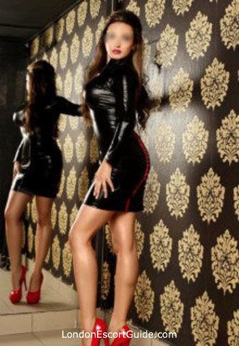 Victoria value Alice london escort