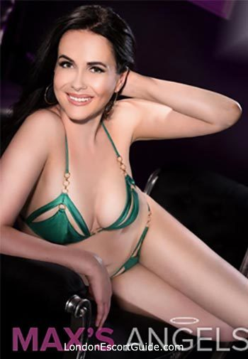 Pimlico brunette Alexis london escort