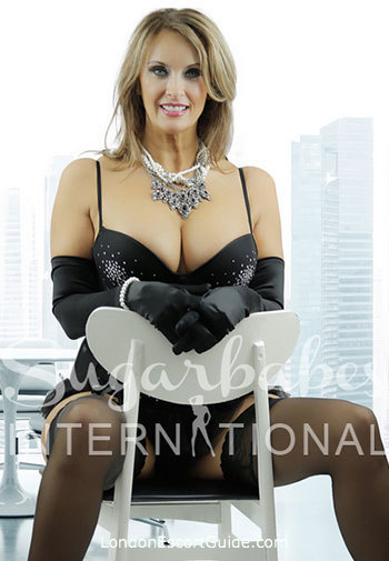 Bayswater busty Angie George london escort