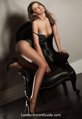 South Kensington brunette Fergie london escort