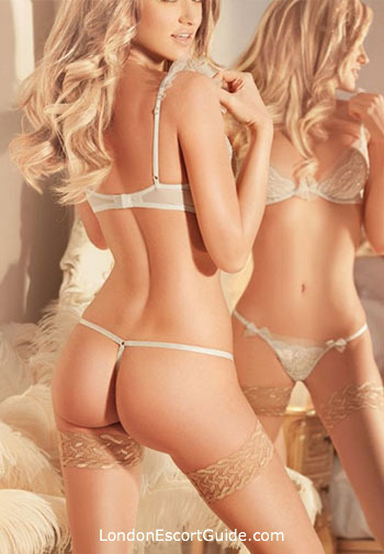 Mayfair elite Blake london escort