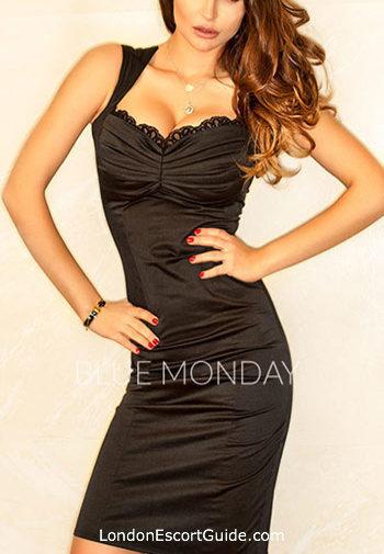 Chelsea brunette Vicky london escort