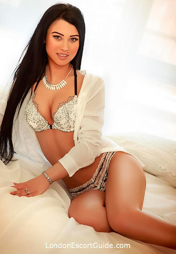 Paddington brunette Anita london escort