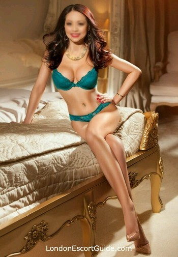 Marylebone brunette Leanna Li london escort
