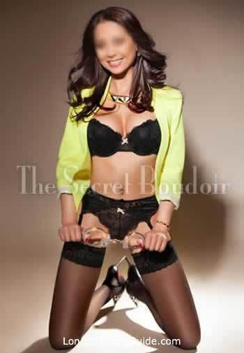 Marylebone brunette Gracie london escort