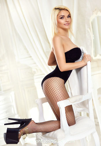 Mayfair a-team Becca london escort