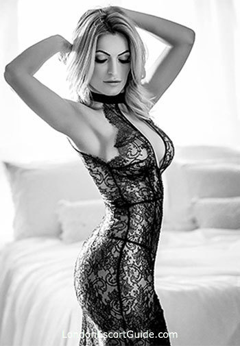 Notting Hill elite Melrose london escort