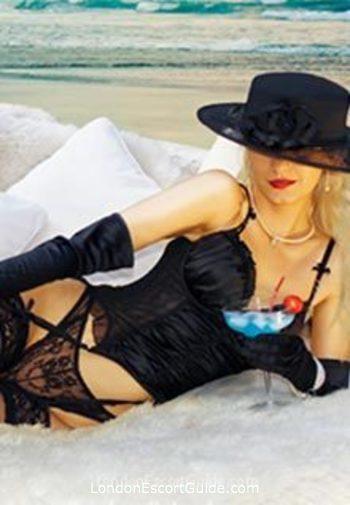 Knightsbridge elite Scarlett Sobiesky london escort