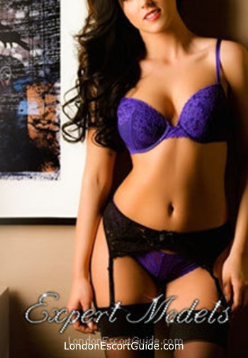 central london brunette Donna london escort