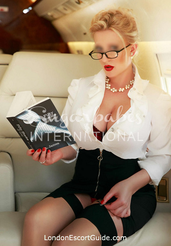 Marylebone busty Charlotte london escort