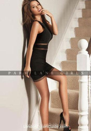 Kensington brunette Noell london escort