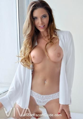 Outcall Only latin Bianca london escort