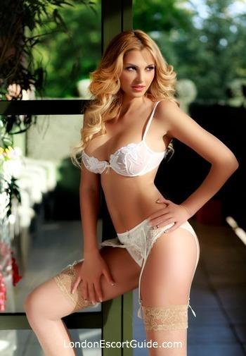 South Kensington value Kasandra london escort