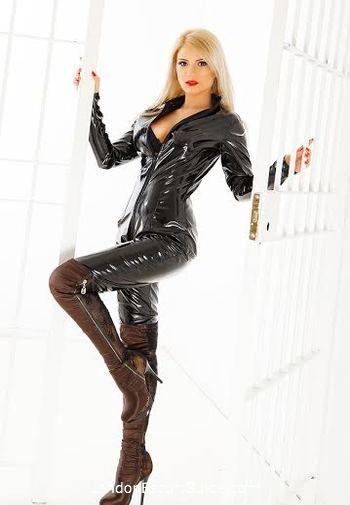 Paddington blonde Stephanie london escort