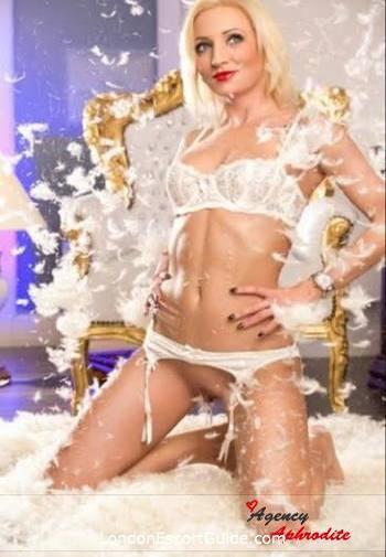 Earls Court blonde Serena london escort