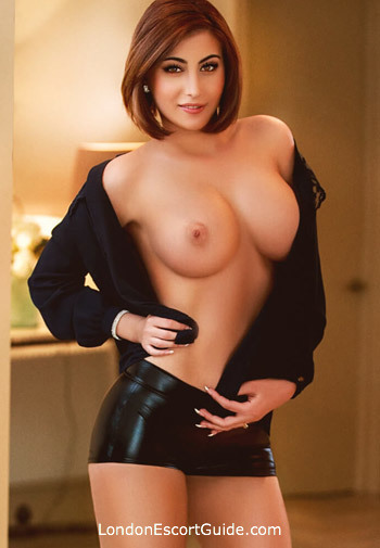 Bayswater busty Indie london escort