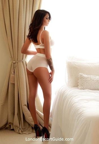 South Kensington brunette Shaine london escort