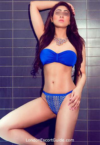Victoria elite Zeenia london escort