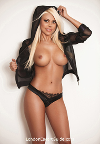 Gloucester Road blonde Cleo london escort
