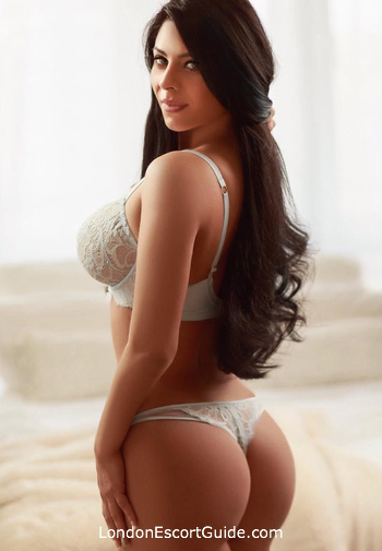 Paddington 200-to-300 Sonia london escort