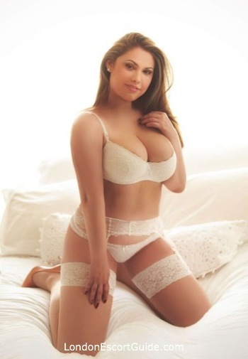 Bayswater blonde Lois london escort