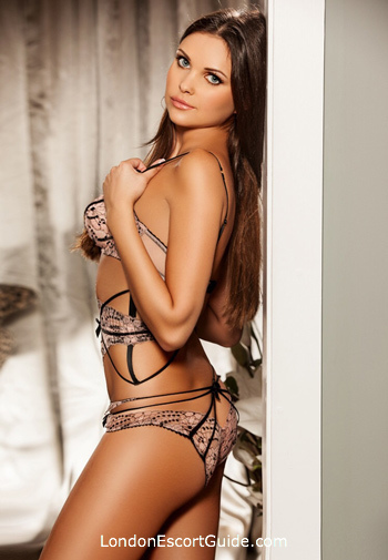 Marble Arch brunette Niki london escort