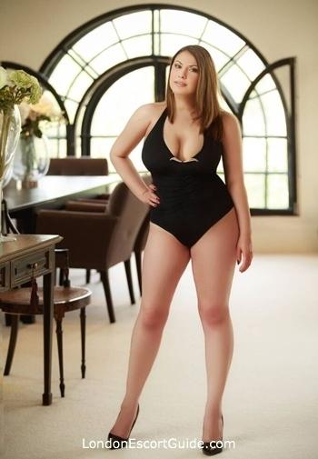 Bayswater busty Larissa london escort