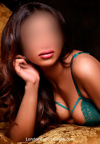 Paddington brunette Kyra london escort