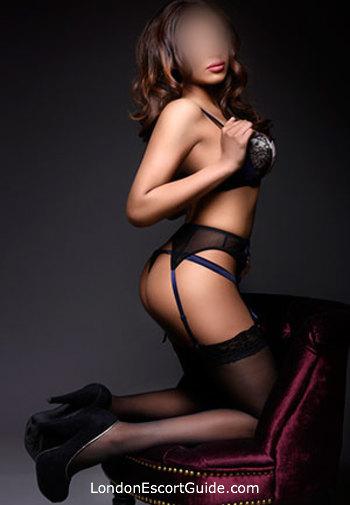 Paddington brunette Kyra london escort