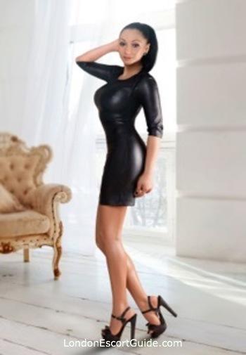 South Kensington brunette Axelle london escort
