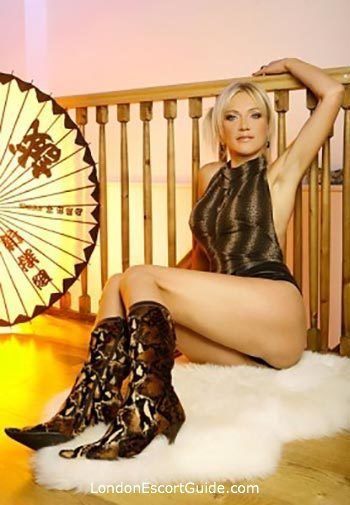 central london blonde Adel london escort