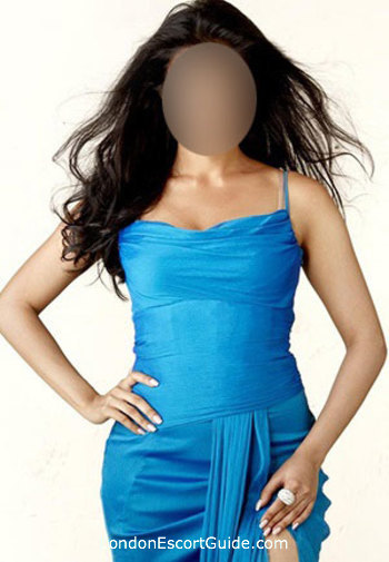 Paddington brunette Aqeela london escort