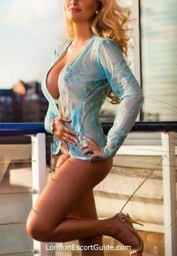 Chelsea blonde Latifa london escort