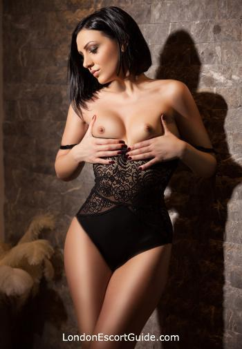 Paddington brunette Cleopatra london escort