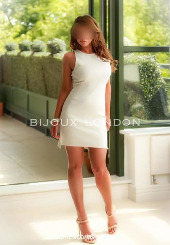 Oxford Street brunette Grace london escort