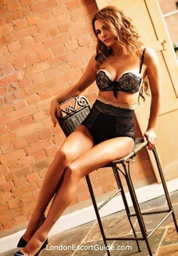 Victoria brunette Andrea london escort