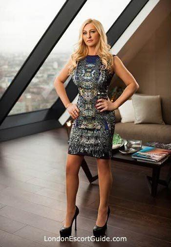 central london blonde Lauren london escort