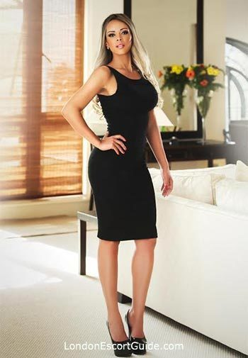 Mayfair latin Monica london escort