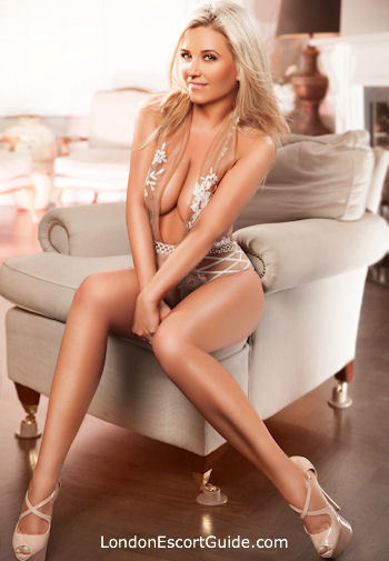 Edgware Road blonde Carolina london escort