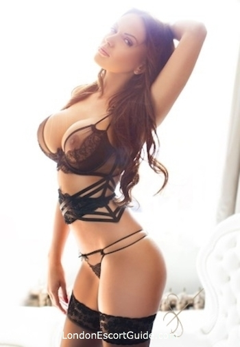 Bayswater brunette Edna london escort