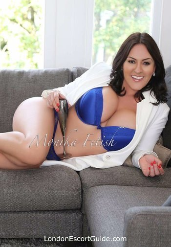 Chelsea mature Monika london escort