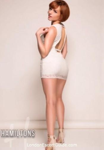 Victoria elite Aurelie london escort