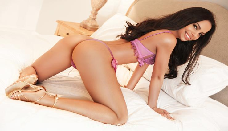South Kensington brunette Mallorca london escort