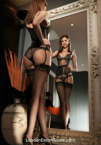 Kensington 300-to-400 Clarrice london escort
