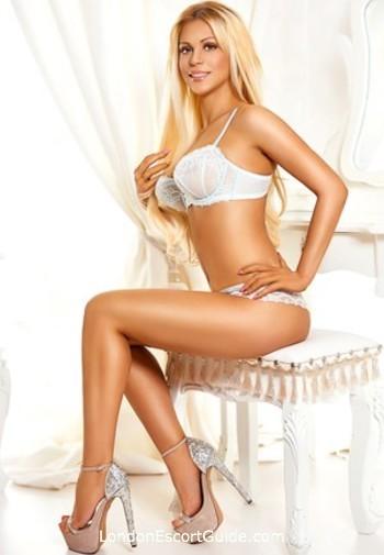 Kensington blonde Blondie london escort