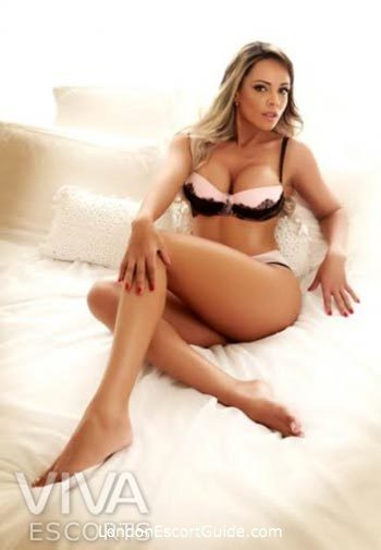 Mayfair latin Monica london escort