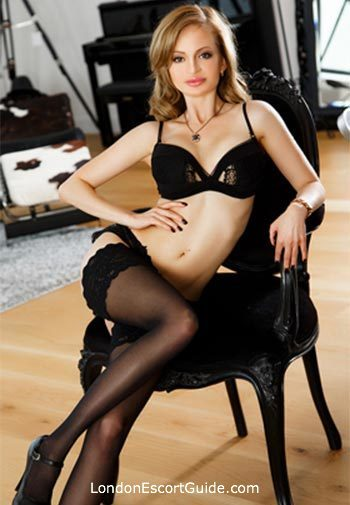 central london blonde Goldy london escort