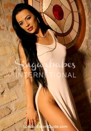 Kensington pornstar Shalina Devine london escort
