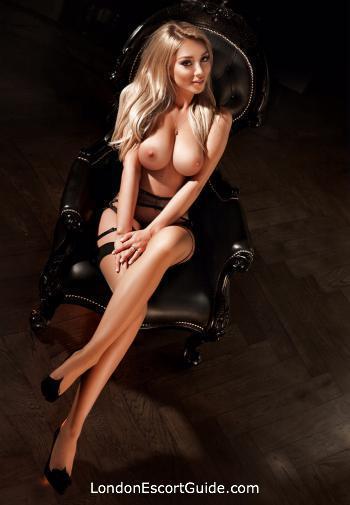 Kensington blonde Darcie london escort