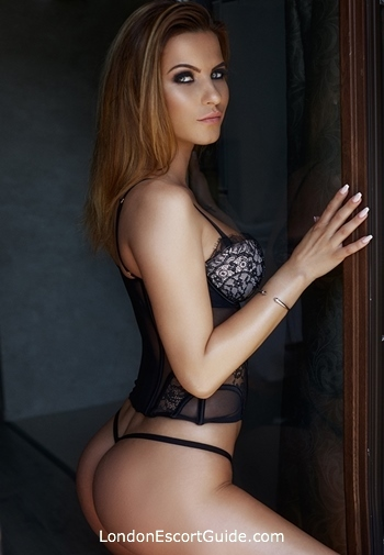 Outcall Only blonde Aimee london escort